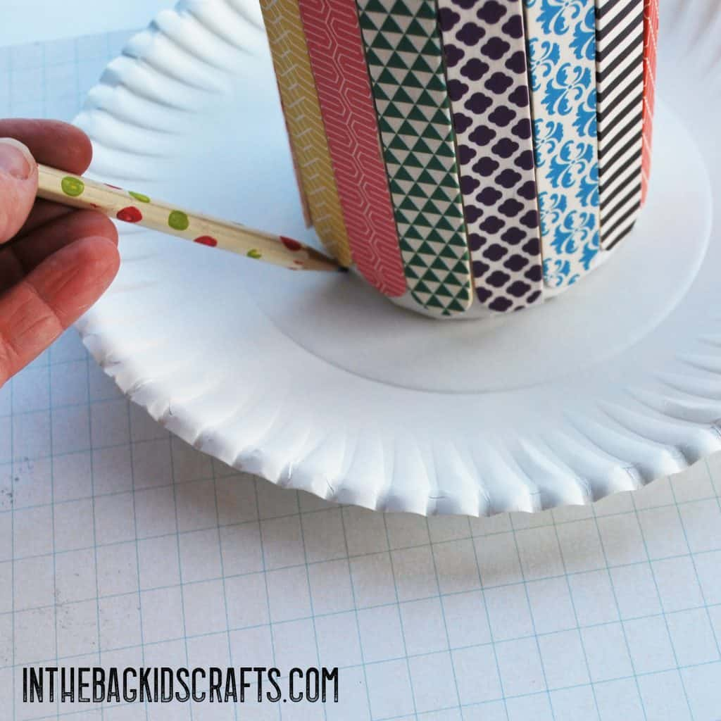 popsicle stick kids craft pencil holder step 5