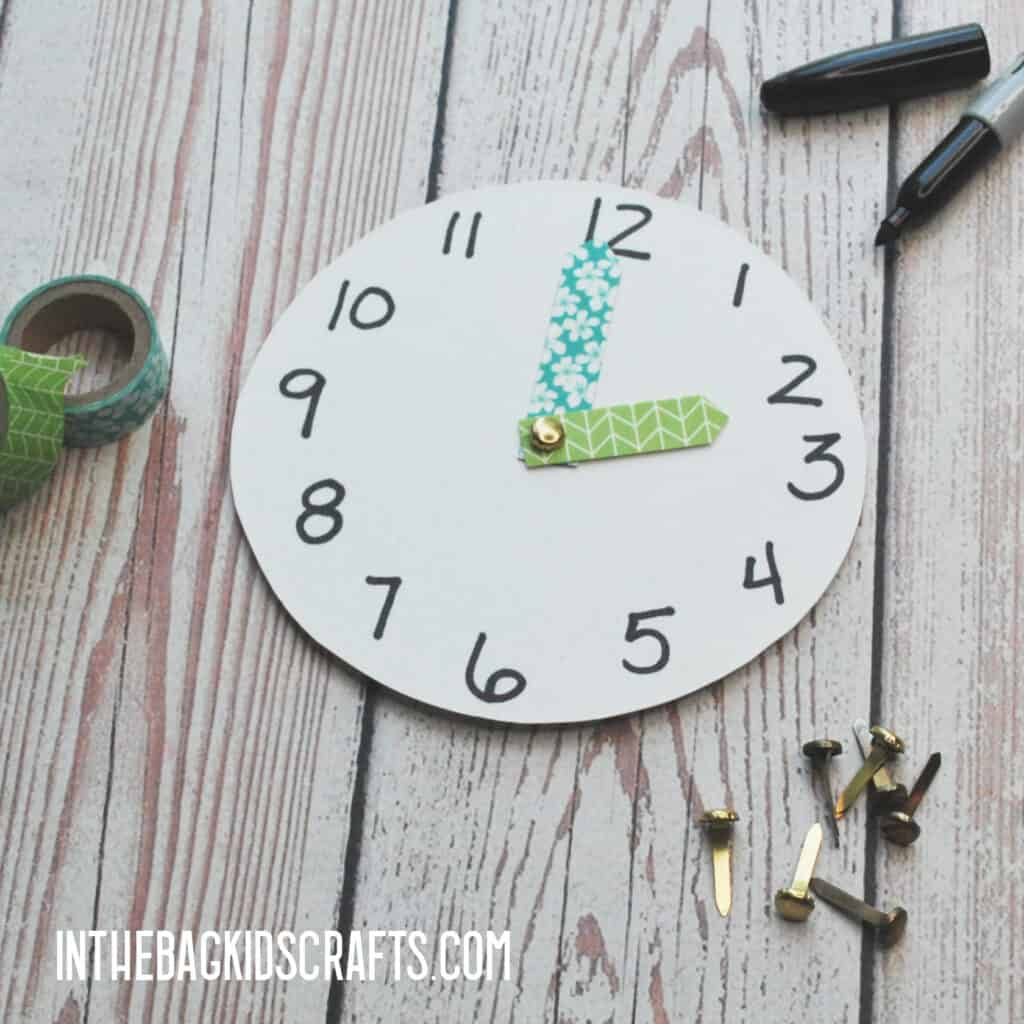 EASY TELLING TIME CRAFT STEP 3
